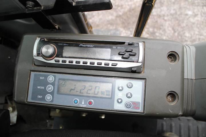 New Holland E 135 Sr / Engcon Ec20/ Myyty - 2008 - image 17
