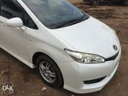 Toyota wish 2010 model new with alloy tv