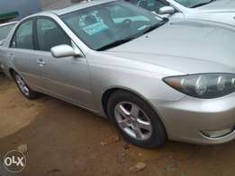 2005 tokunbo Toyota camry