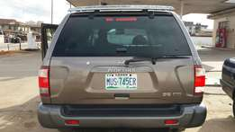 First body registered Nissan Pathfinder 2001