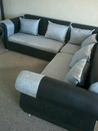 Brand new corner lounge suite right at the factory R3500 Strand - image 1