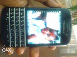 Guaranteed working perfect & clean Blackberry Q10