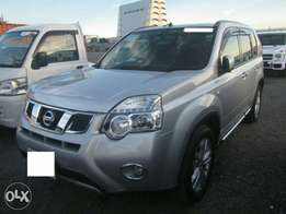 2011 Nissan Xtrail with sunroof