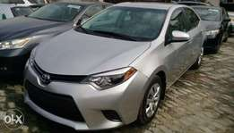 super clean Toyota corolla 2016