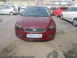 ford focus 2006 model maroon colour