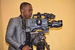 Luna TV Production, hire a cameraman with equipment?