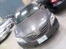 Registered tokunbo Toyota Camry XLE 07