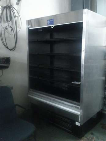 13dairy fridge With 6 shelves /slighty used Johannesburg CBD - image 3