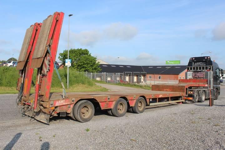AMT MT300 3 akslet maskintrailer low bed semi-trailer - 2008