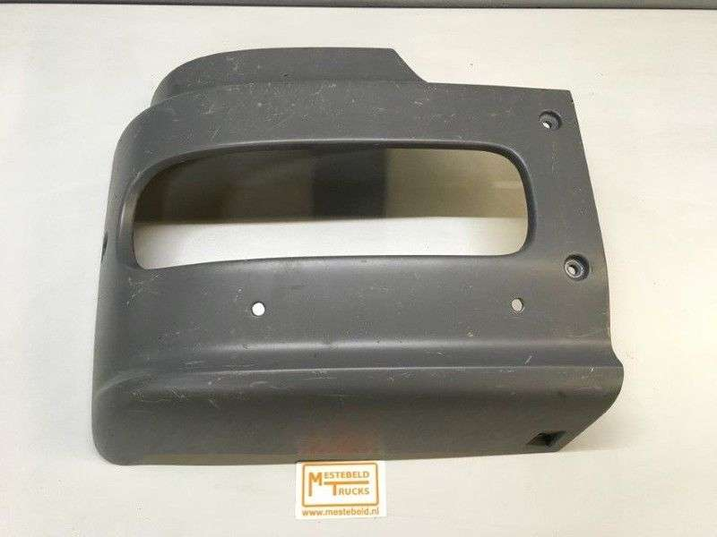 Mercedes-Benz Bumperdeel Rechts Front Fascia For Truck