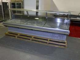 Brand new 3.0m long Display Fridge Meat Chiller Curved Glass