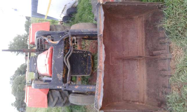 Massey loader speares Potchefstroom - image 2