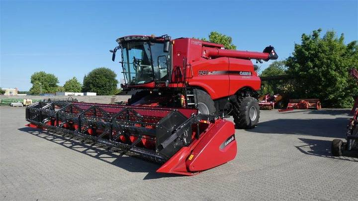 Case IH 7240 Axial-flow - 2018