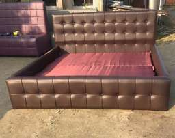 Buttoned Leather Upholstered 6ft By 6ft Bedframe.,,
