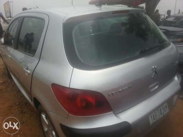 Perfectly used Peugeot 307 05 tincan cleared Apapa - image 5