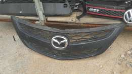 Good condition Genuine clean mazda BT50 2014 grille for sale