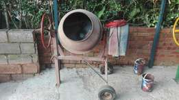 Cement/concrete mixers for sale