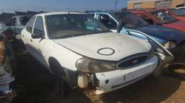 Ford Mondeo - 2.0 Z-tech (year 2000) Breaking for parts !!!