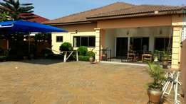 3bedrooms self contain with boys quarters to let at adjiringanor