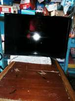 Clean and neat samsung plasma tv 32inches