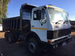 Mercedes Benz 10 cube tipper