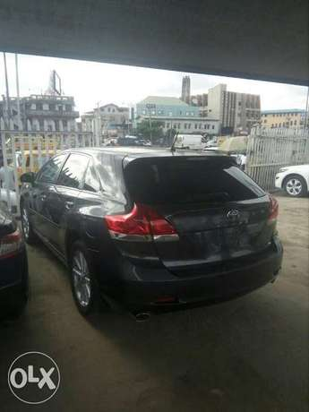 Toyota Venza 2010 Model for Sale Lagos Mainland - image 1