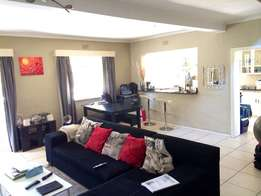 2 Bed Cottage to rent in Bryanston