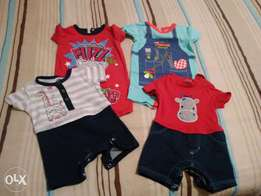 Baby clothes 0-3months