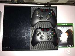 Xbox One Console with 2 Control Pads and 2 Games