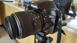 Nikon D3200 for sale with stand