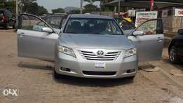TOYOTA CAMRY 2007 fully loaded.