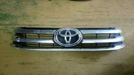 Toyota hilux grill