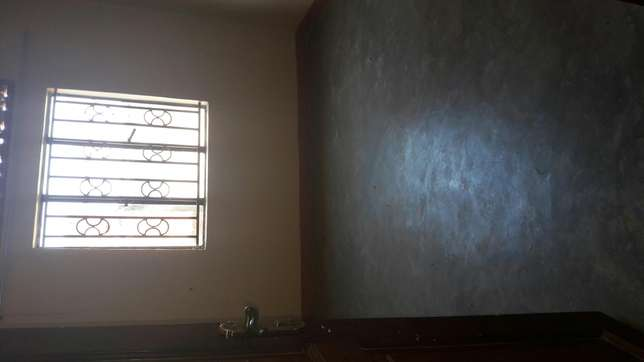 House to let in Najjera at 700000 Kampala - image 7