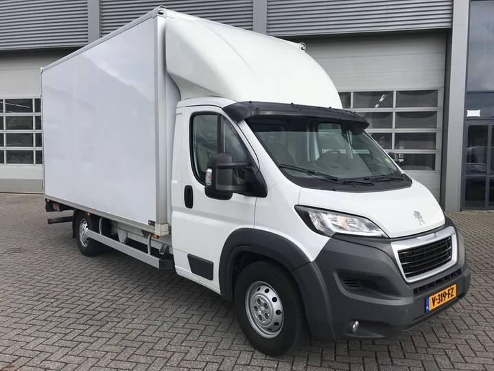 Peugeot Boxer / 2.0 HDI / Box / Loadlift - 2017