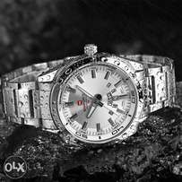 Executive stainless steel watch (white)