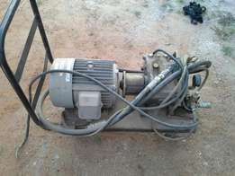 High pressure motor pumps