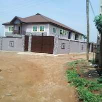 3bedroom flat to let in military close alagbole 350k
