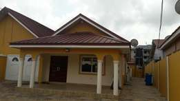 Very clean 3 Bedrm hse for rent in Spintex