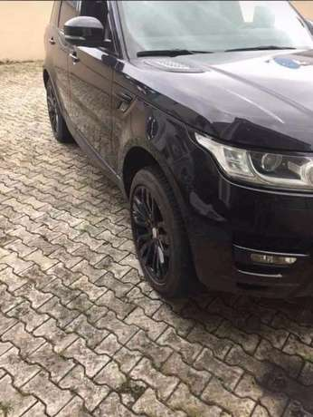 2015 Range Rover Sport Supercharged Available Lagos Island West - image 3