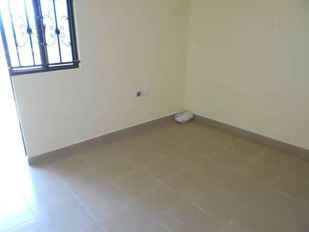 Charming single room in buziga at 250k Kampala - image 2