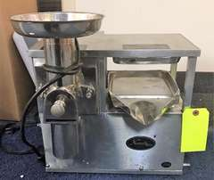 Norwalk 270 Cold Press Juicer