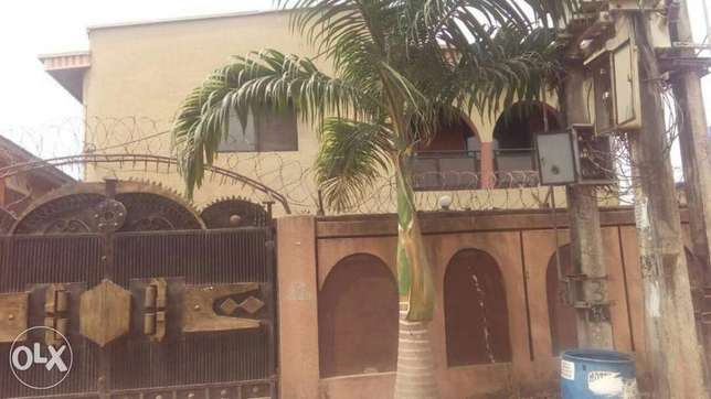 3bedroom duplex for rent at maryland for a year rent Yaba - image 1