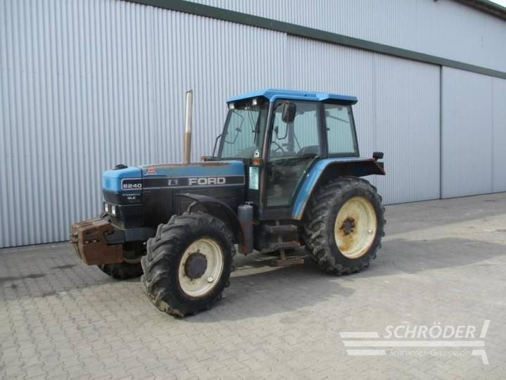 New Holland ford 8240 - 1996