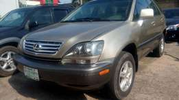 Super clean Lexus RX300 for sale.
