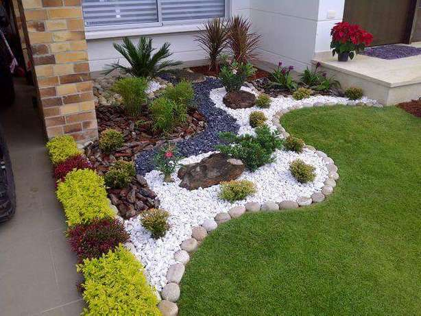 Flower Pots and Landscaping Anmer - image 8