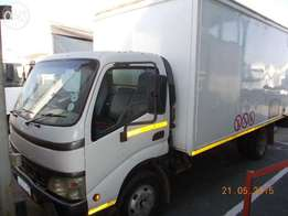 Toyota Dyna closed body for sale