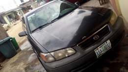 Toyota camry aka drop light first body very clean with factory fitted