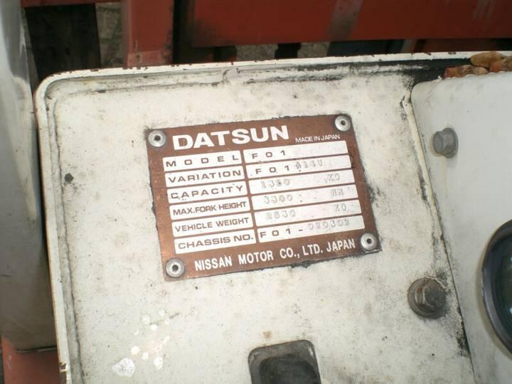 Nissan Datsun () F01 A14U Gasstapler - image 11