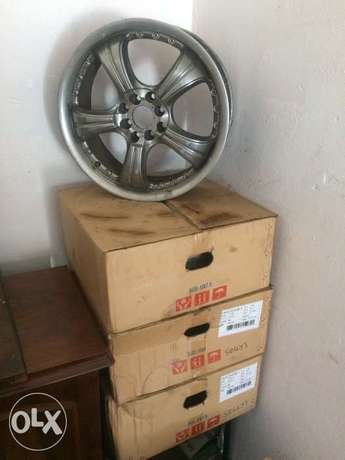 "17"" Alloys Springs - image 1"