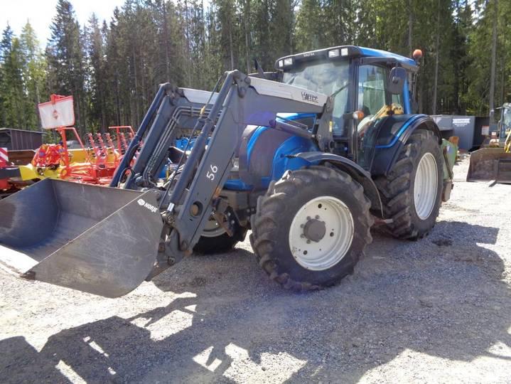 Valtra N121 - 2012